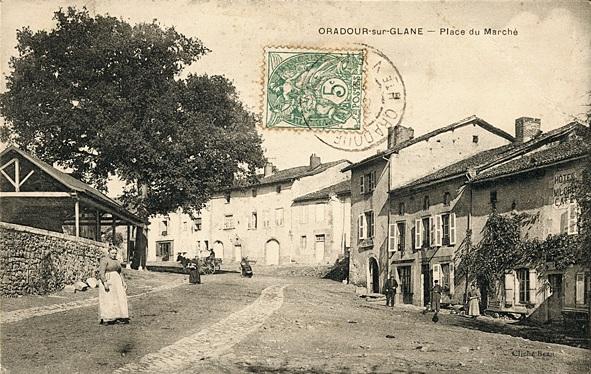 Antigua postal de la plaza del mercado