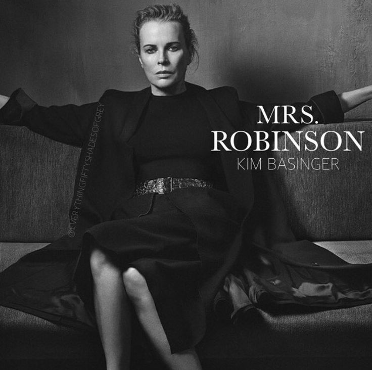 Kim Basinger como Mrs Robinson