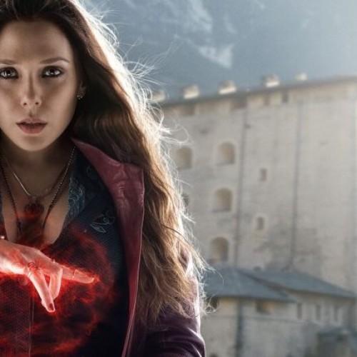 Scarlet Witch por Elizabeth Olsen