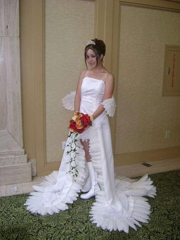 Los Vestidos De Novia Mas Feos Modelo Con Botas Altas